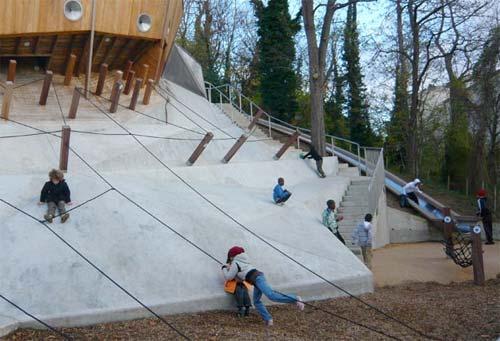 belleville park playground in paris