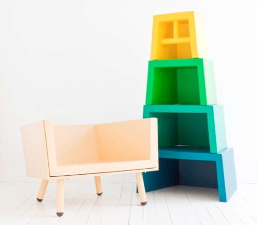 Bon Stacking Throne Kids Chair