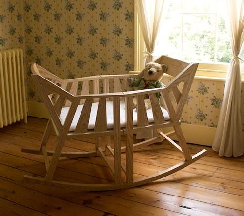 Rocking Cradle ⋆ Handmade Charlotte