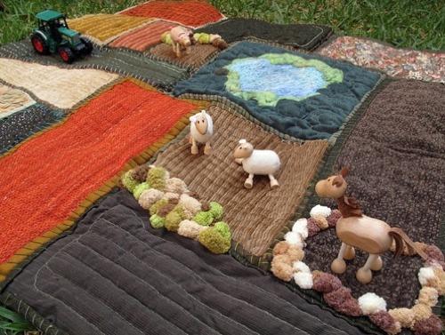 Amelie's Play Mat Farm