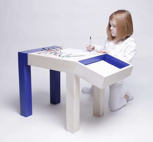animal drawing table for kids handmade charlotte. Black Bedroom Furniture Sets. Home Design Ideas