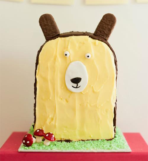 Brown Bear Birthday Cake