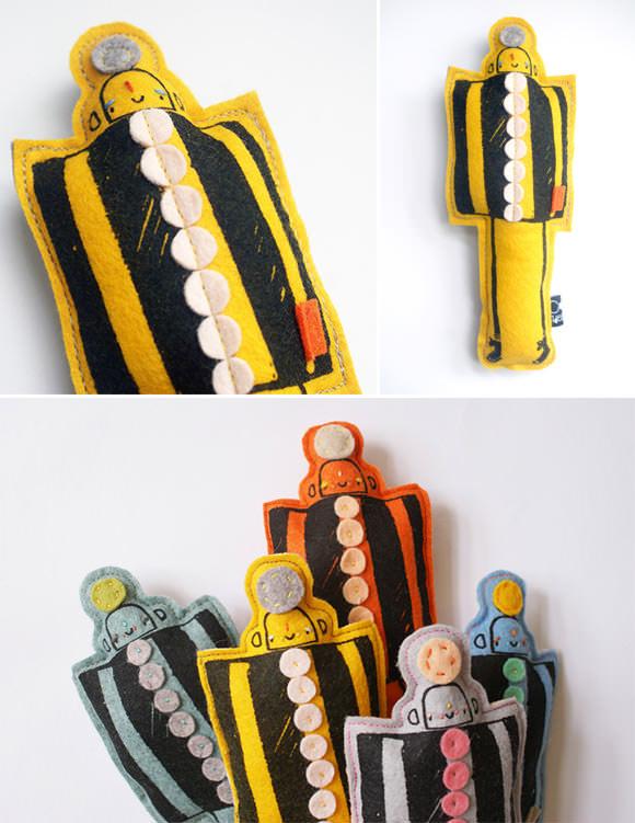 Rainbow Robot felt toys by Corby Tindersticks