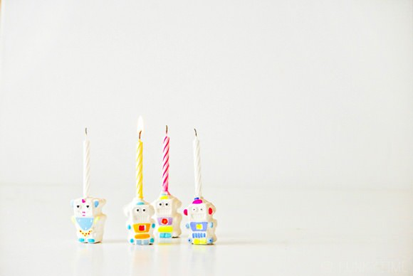 DIY Plaster Robot Candle Holders by Funkytime