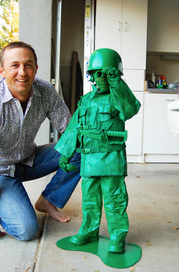Do it yourself halloween costumes handmade charlotte diy toy soldier costume solutioingenieria Choice Image