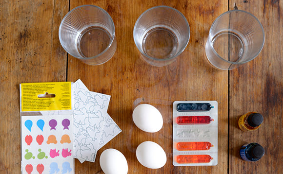 Simple DIY Silhouette Easter Eggs Using Stickers