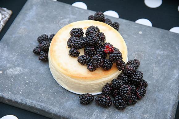 Cheesecake with Fresh Blackberries