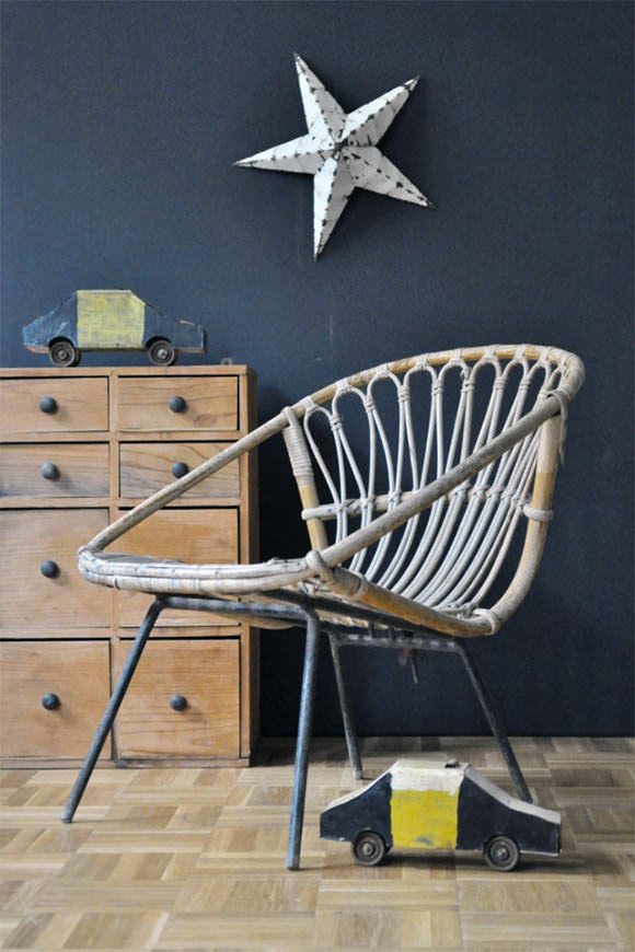 French Vintage for Kids' Rooms: French Vintage for Kids' Rooms: Wicker Children's Chair