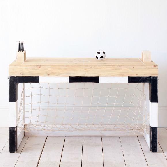 JAN table for kids by xo-inmyroom