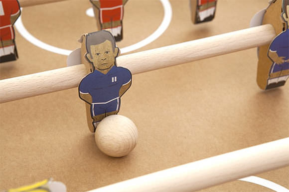 Kartoni Cardboard Kicker Foosball Table