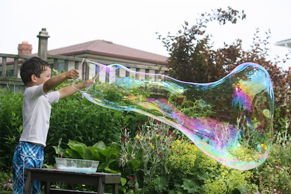Homemade Giant Bubbles Tutorial