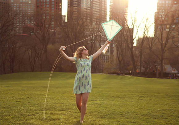 DIY Kite Tutorial via Etsy