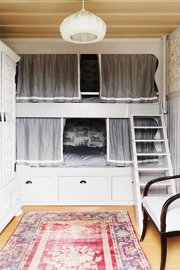 Stunning Bohemian bunk beds queen size in Swedish stylist Jannifer Jansch us summer house
