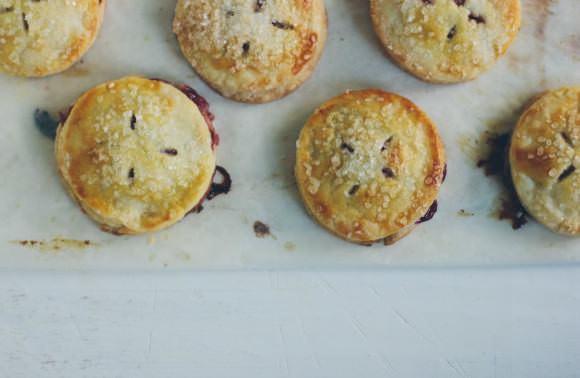 Strawberries & Cream Hand Pies Recipe ⋆ Handmade Charlotte