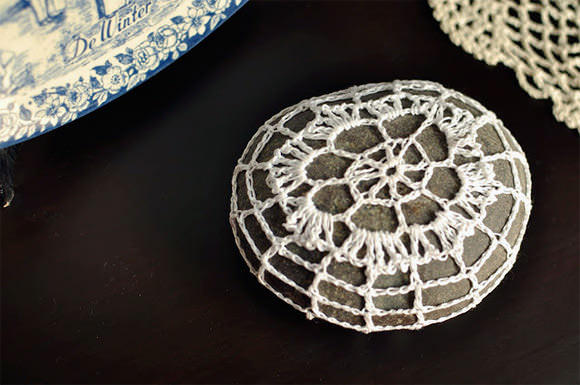 DIY Crochet Rock via Pieces I Enjoy