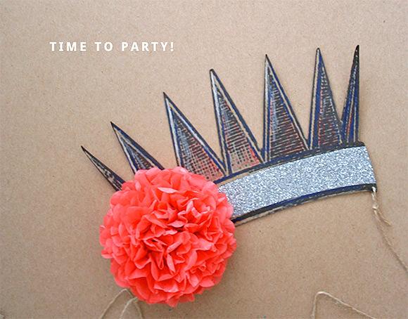 DIY Printable Party Crown // via create like crazy