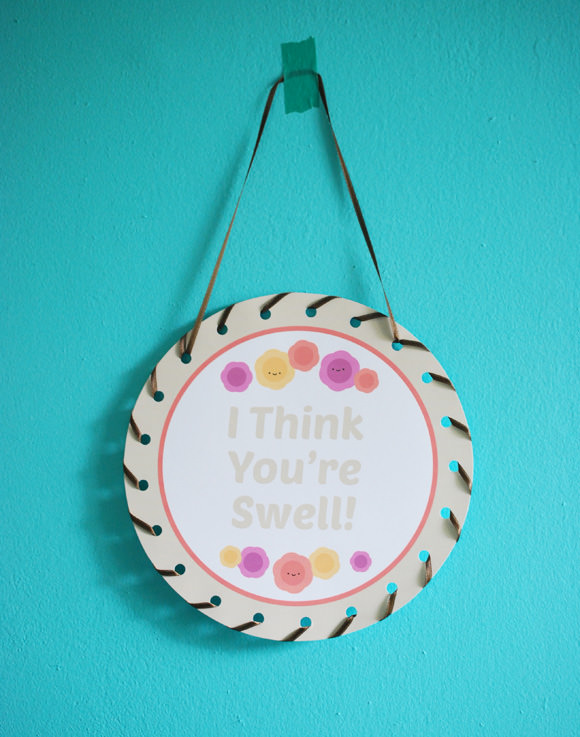 DIY Cheerful Lacing Art