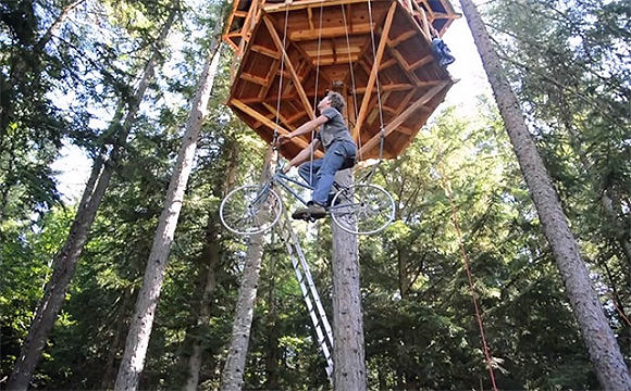 Bicycle-Powered Tree House Elevator - must-have accessory for any self-respecting tree house builder