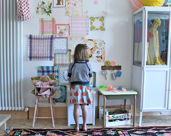 Kid's Room Tour: Reina & Neils