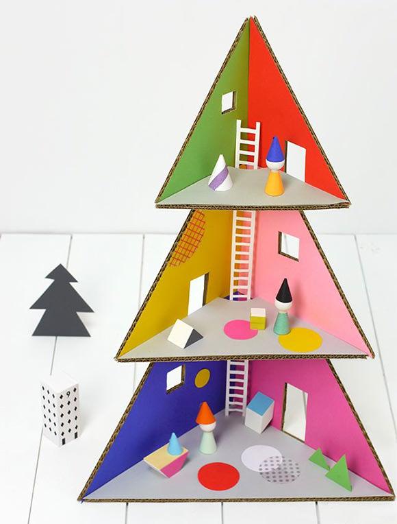 DIY Christmas Tree House via Mr Printables