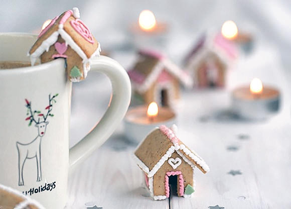 6 DIY Gingerbread Projects Too Amazing To Eat ⋆ Handmade Charlotte