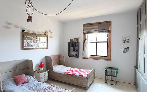 8 inspiring shared bedrooms for kids handmade charlotte - Shared bedroom ideas for small rooms ...