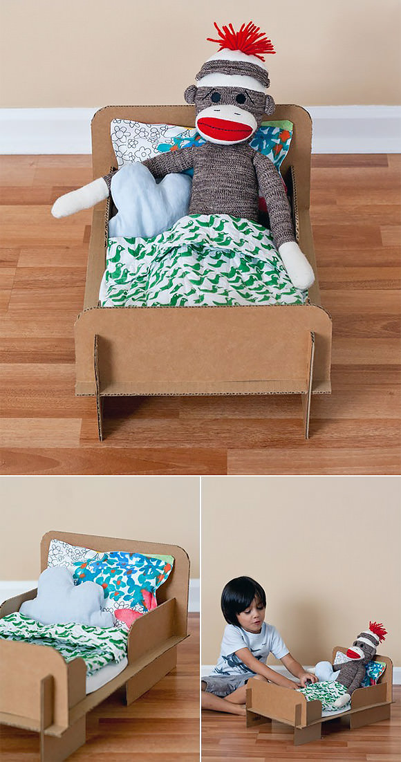 DIY Card­board Doll Bed