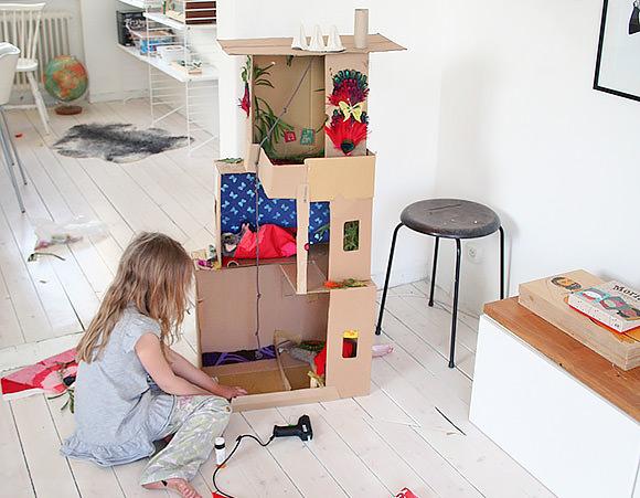 DIY Shoebox Dollhouse