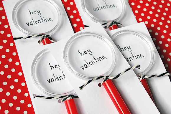 DIY Magnifying Glass Valentine's Day Cards