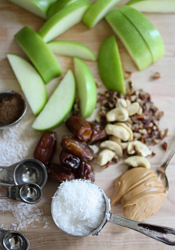 No-Cook Apples + Cinnamon N'Oatmeal Recipe