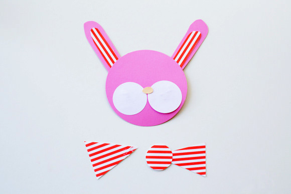 DIY Bow-Tied Bunny Cake Toppers