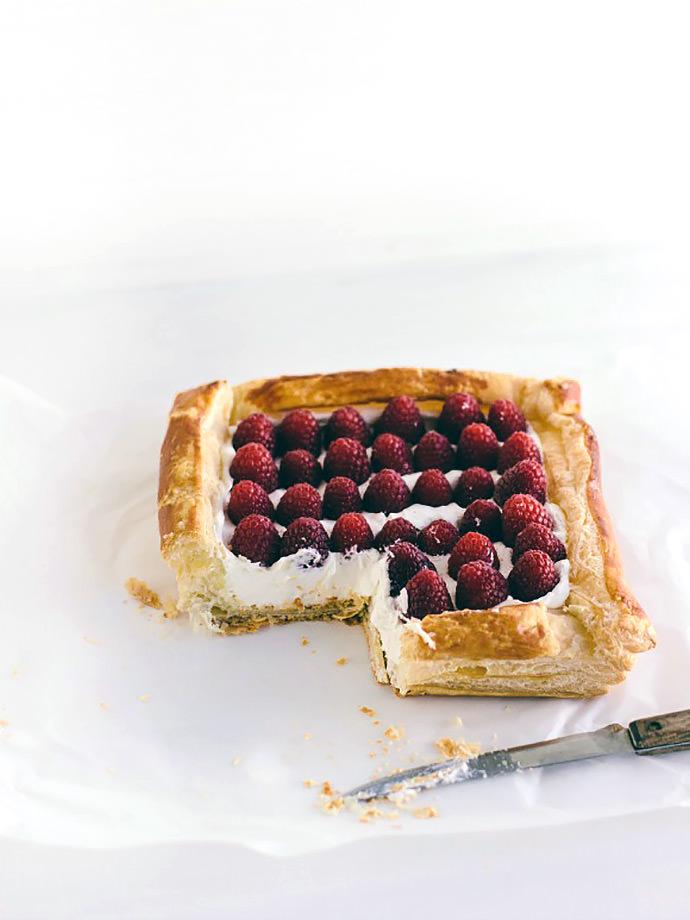 Easy Raspberry Puff Pastry Tart Recipe
