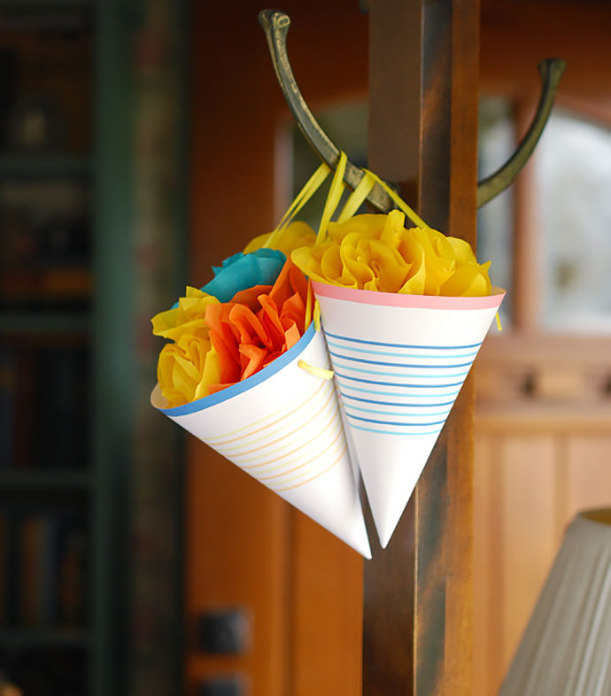 DIY May Day Surprise Cones