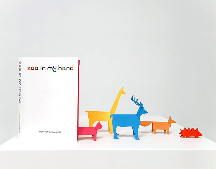 Zoo In My Hand Animal Origami Book by IK&SK Design