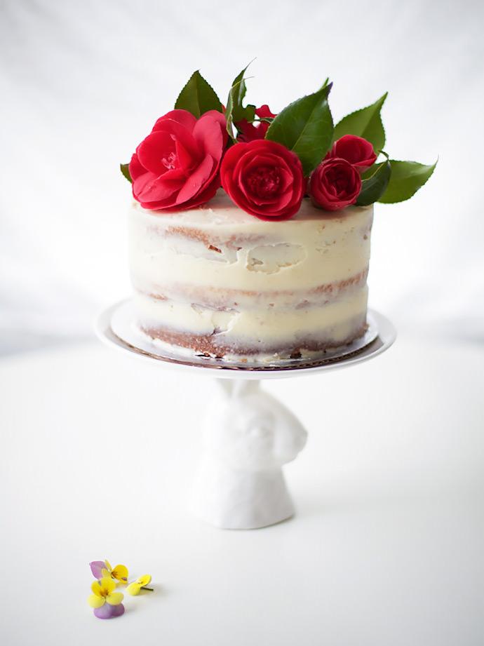 DIY Easter Rose Cake