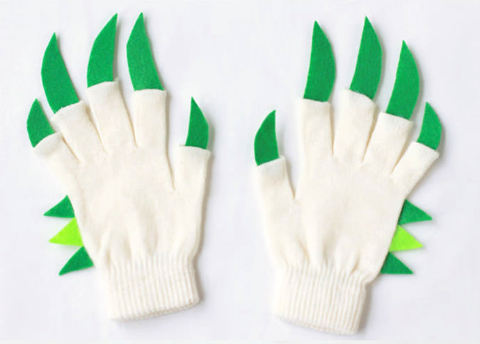 Quick and Easy DIY Dinosaur Hands for Kids