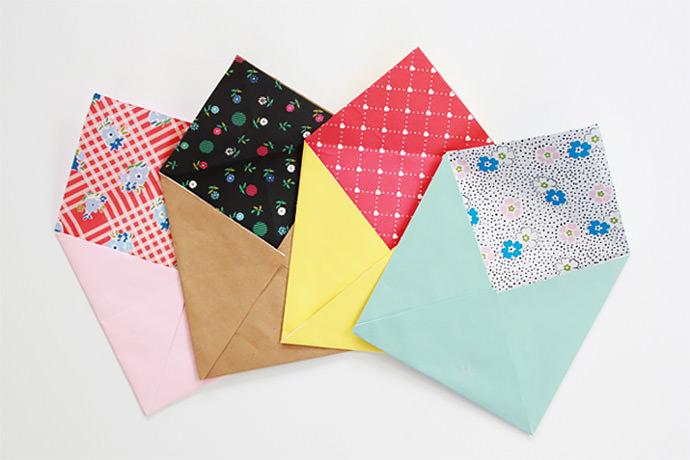 DIY Lined Paper Envelopes via Frankie