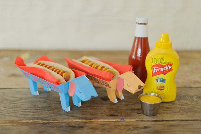 DIY Hot Diggity Dog Hot Dog Holders