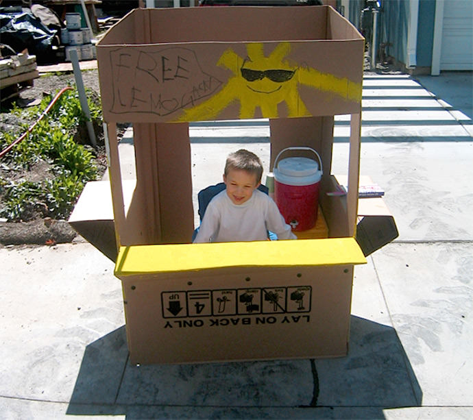 DIY Lemonade Stand via Mr. McGroovy's