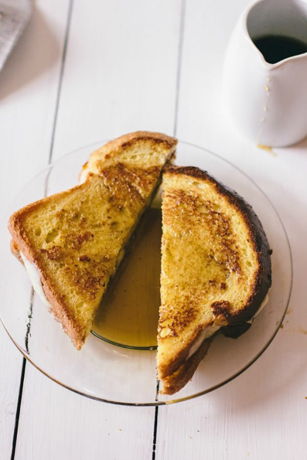 French Toast Sandwich with Peaches