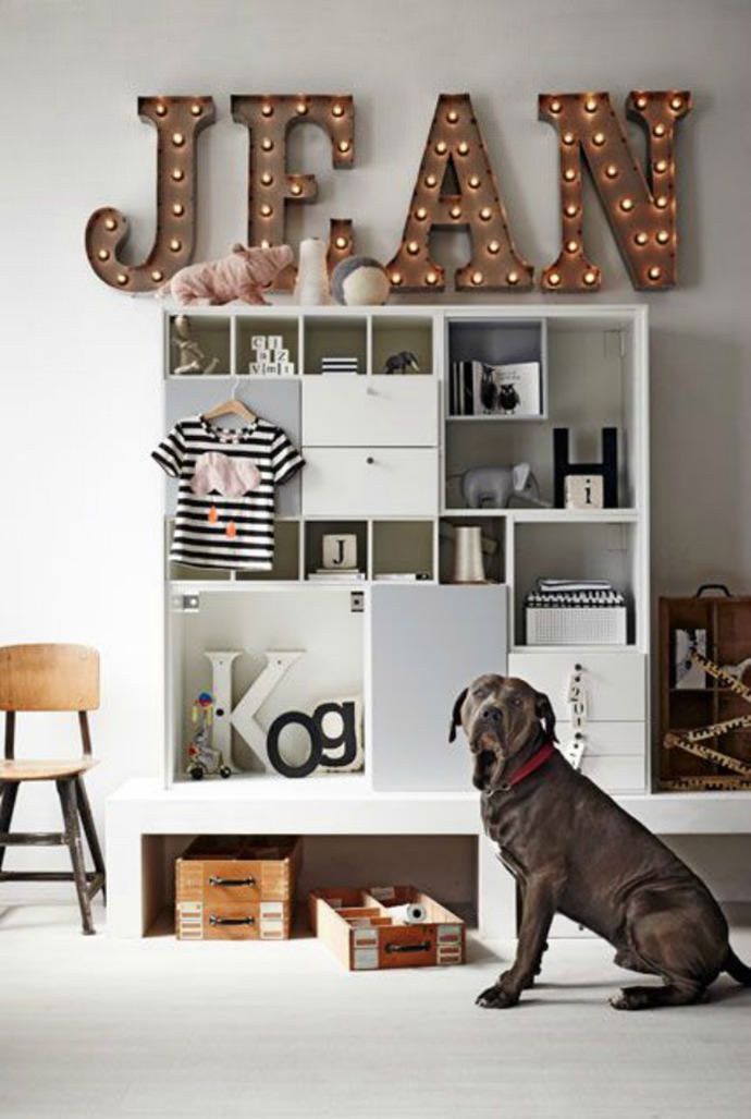 Name in Lights for Kids' Rooms via VTWonen