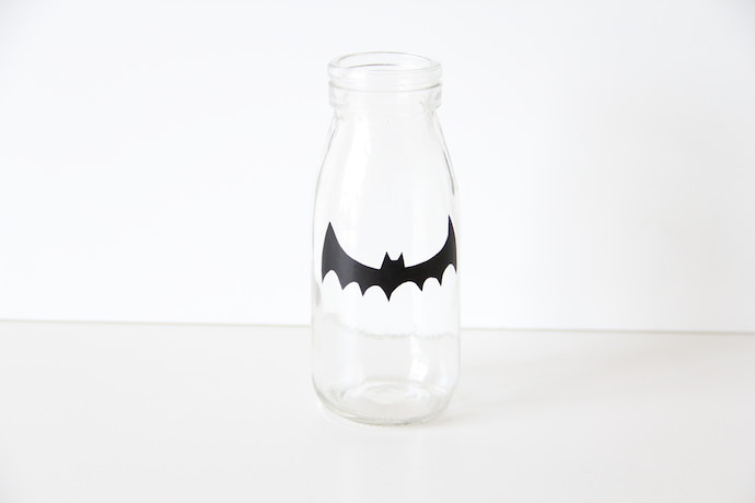 How to make DIY Halloween Party Cups: Step 3