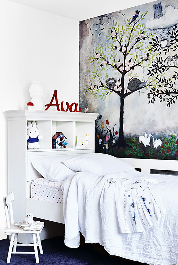 Striking Wall Mural In A Kidu0027s Room In A Melbourne Home (via The Style Files