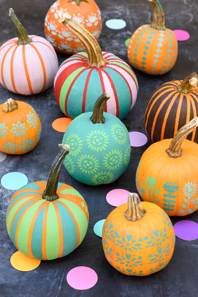 DIY Chalk Paint Mini Pumpkin Patch