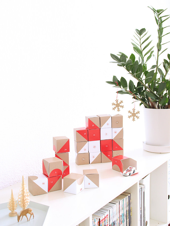 Love this eye-catching, versatile Advent calendar from SNUG Studio