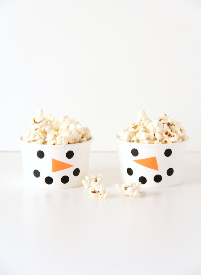 DIY Snowman Snack Cups