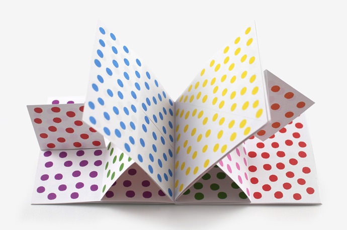 Dots Book by Antonio Ladrillo