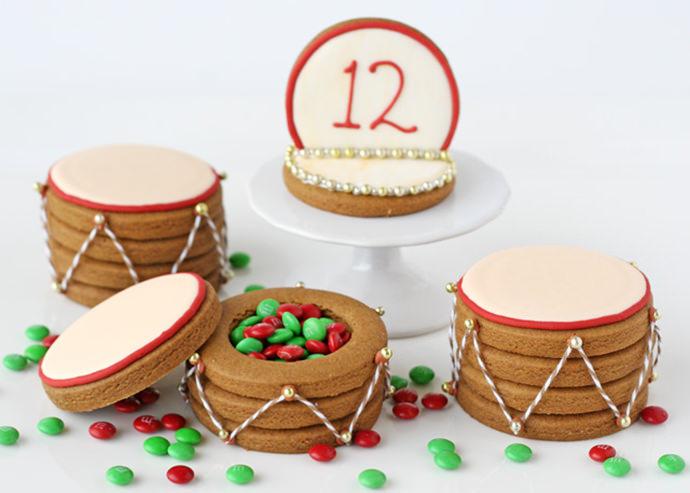 Christmas Drum Cookies (via Glorious Treats)