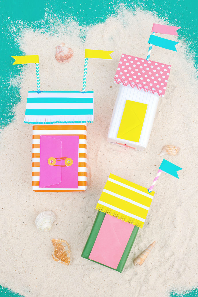 Super Cute DIY Mini Beach Bungalow Gift Wrap