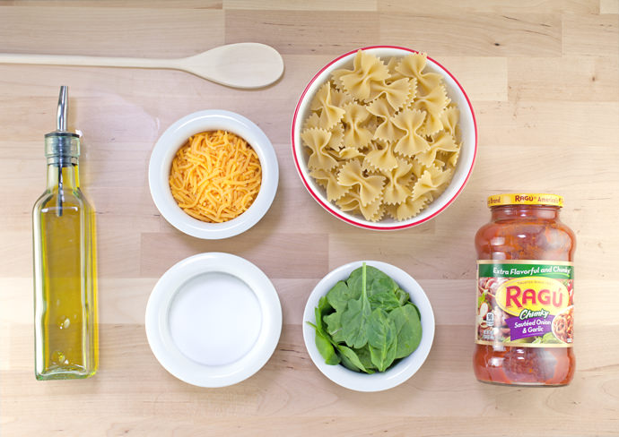 One-Pot Bow Tie Pasta Ingredients